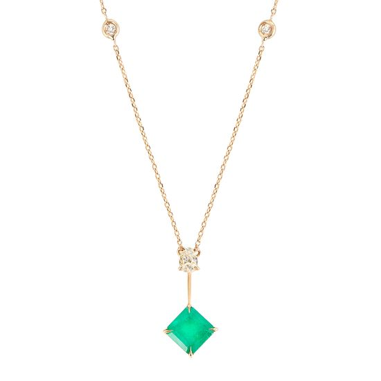 colar-ouro-amarelo-esmeralda-fancy-brilhantes-detalhe-COOAESM32000