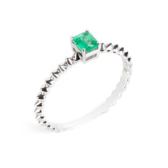 anel-ouro-branco-esmeralda-spike