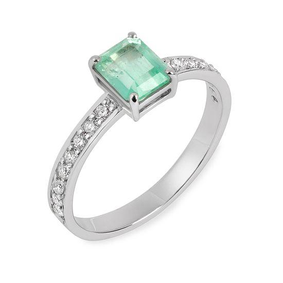 anel-esmeralda-colombiana-82-pontos-brilhantes-lateral-ANOBESM37800